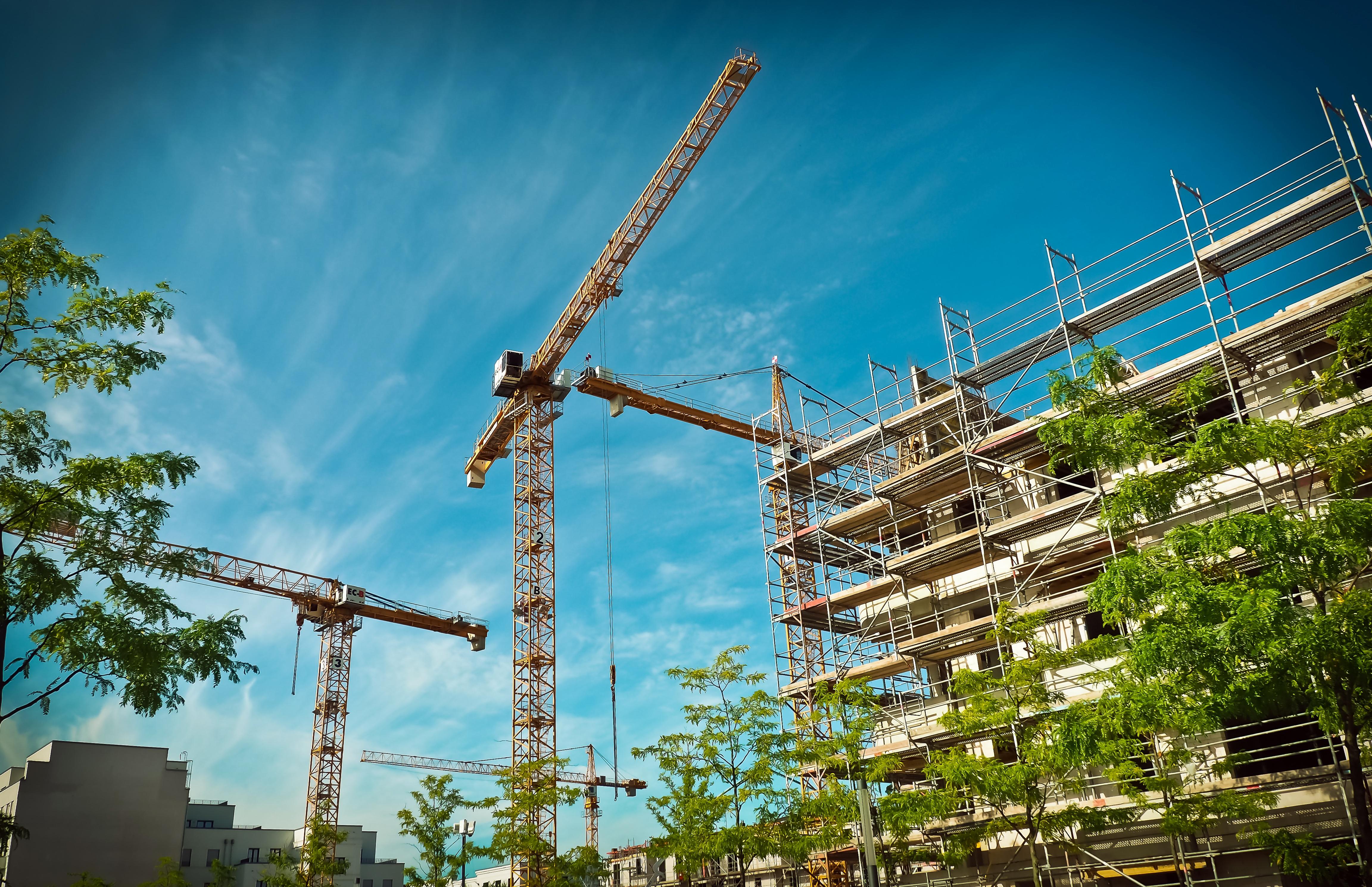 Купить строительную фирму с лицензией на общестроительные работы, внутренние и внешние сети